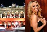 Vienos pokylio dėmesio centre – krūtinę besidangstanti Pamela Anderson