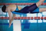 R. Meilutytė žavisi plaukimo kostiumu, kurį pati reklamuoja