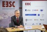 Užsienio politika pagal Nausėdą: siūlo Lietuvai atsisukti į Rytus