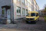 Šiaulių rajone nuo kelio nuvažiavo mokyklinis autobusas su 16 vaikų