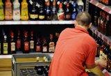 Girtos gimdyvės įkvėpė draudimams: vėl siūlo riboti alkoholio prekybą