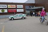 """Šalia prekybos centro """"Maxima"""" – nemalonus incidentas: iškviestos pajėgos"""