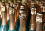 Seimas apsisprendė: Lietuvoje nelieka vaikiško šampano