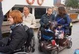 Siūloma, kad į Kuršių neriją nemokamai keltųsi daugiau neįgaliųjų su automobiliais