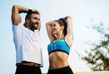 Sportas namuose, treniruoklių salėje ar grupiniuose užsiėmimuose – ką pasirinkti?