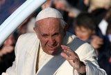 """Popiežius: celibatas """"nėra laisvai pasirenkamas"""" dalykas"""
