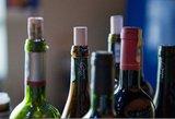Alkoholio padauginusi moteris švaistėsi peiliu