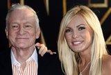 """""""Playboy"""" įkūrėjas H. Heffneris su žmona C. Harris pasidalijo Kalėdų atviruku"""