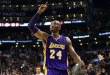 Kobe Bryantui – keturiasdešimt: gandai apie sugrįžimą ir internetą prajuokinusi žmonos dovana