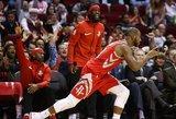 NBA: pergalingos baudos ir per žingsnius nuo trigubų dublių
