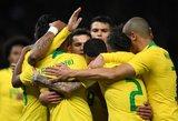 Pasaulio futbolo čempionato favoritė Brazilija – su turtinga istorija, bet ir skurdo paženklintu keliu aukštyn