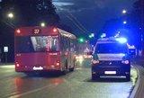 Kauno autobuse – kraują stingdantis incidentas: tragedijos išvengta per plauką
