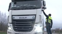 Policija surengė vilkikų vairuotojų reidą: rezultatai pribloškė (nuotr. stop kadras)