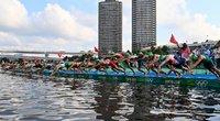 Triatlono pradžia Tokijuje (nuotr. SCANPIX)