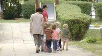 Tūkstančiai vaikų liko už brūkšnio: savivaldybės sprendžia, ką daryti su vaikais, kurie nepateko į darželį