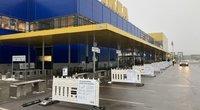 """Prekių atsiėmimas """"Ikea"""" parduotuvėje. """"Ikea"""" nuotr."""