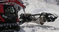 Italai gelbėja tirpstantį ledyną: pritaikė technologiją, žinomą visiems automobilių vairuotojams (nuotr. stop kadras)