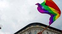 Lenkijoje parlamentarės išreiškė palaikymą LGBT per prezidento Dudos inauguraciją (nuotr. SCANPIX)