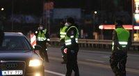 Patikrinimai vyks visą ilgąjį savaitgalį: pareigūnai stabdys automobilius ir patruliuos(nuotr. Broniaus Jablonsko)