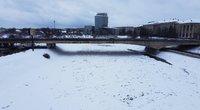Užšalusi upė (nuotr. Broniaus Jablonsko)