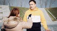 """Gražulis dalyvavo """"proteste"""": sportavo lauke pagal dainą """"Kas nešokinės"""" (nuotr. Organizatorių)"""