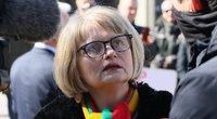 Protestas dėl karantino ribojimų prie Seimo , Astra Genovaitė Astrauskaitė (nuotr. Broniaus Jablonsko)