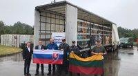 Į Lietuvą atvyko humanitarinė siunta iš Slovakijos (nuotr. facebook.com)