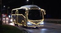Gerumo akcijos prieš šventes: medikams plokštainis ir kalėdinis autobusas namų kiemuose (nuotr. stop kadras)