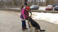 Lietuvoje tokie – vos keli: kaip šuo asistentas palengvina gyvenimą turintiems negalią (nuotr. stop kadras)