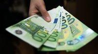 Beveik 50 įmonių mokėjo daugiau kaip 10 tūkst. eurų atlyginimus (nuotr. Fotodiena/Justino Auškelio)