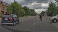 Pavojingą situaciją Petrašiūnuose užfiksavęs kaunietis: be komentarų (nuotr. Kas vyksta Kaune)