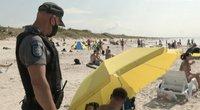 Pareigūnai Smiltynės pliaže surengė reidą: išvados nustebino  (nuotr. stop kadras)