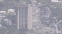 Aiškėja tragedijos Majamyje detalės: dėl prastos pastato būklės inžinieriai įspėjo prieš trejus metus (nuotr. stop kadras)
