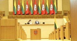 Seimo rūmuose – kraustymosi ir remontų metas: neperrinkti parlamentarai išsineša dėžes su daiktais