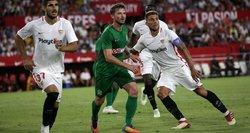 """""""Sevilla"""" atvyksta į Lietuvą: ko užsiprašė futbolo žvaigždės?"""