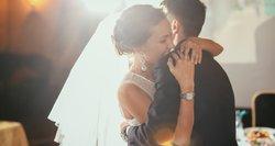 Po bjauraus elgesio per vestuvines fotosesijas – nauji mokesčiai jauniesiems