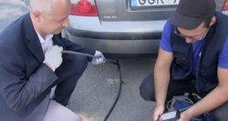 Automobilių taršą gatvėse matavo ir pats aplinkos apsaugos ministras: vairuotojus akcija išgąsdino
