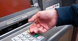 Mėgstantys grynuosius sulaukia bankų dėmesio