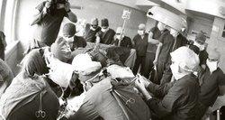 Kyšiai bei dovanos medikams: juos nešė ir tarpukariu, ar tik sovietmečiu?
