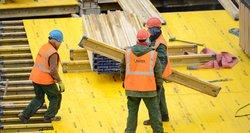 Tikros darbuotojų išnaudojimo istorijos Lietuvoje: gąsdina, kad daugiau niekur nedirbs, grasina 1000 eurų baudomis