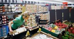 Dirbdamos kaip vyrai moterys rimtai rizikuoja sveikata: kilnoja sunkias dėžes ir nesiskundžia