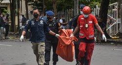 Indonezijoje per sprogimą prie bažnyčios sužeisti mažiausiai 10 žmonių