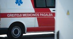 Kalvarijoje žuvo pro 2-o aukšto langą iškritęs žmogus
