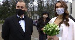 Karantinas nesustabdė jaunavedžių: paskutinę metų dieną susituokė beveik tiek pat, kaip ir pernai