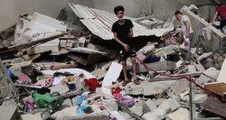 """Izraelis smogė pastatui Gazos Ruože, kuriame įsikūrę  AP ir """"al Jazeera"""" biurai"""