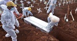 Perteklinės mirtys pandemijos metu: kenčia ne tik Lietuva, o kaltųjų dar teks paieškoti