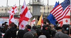 Krizė Sakartvele baigėsi? Opozicija ir valdantieji pasirašė ES remiamą susitarimą