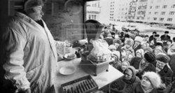Algos ir kainos sovietmečiu: mėnesio pajamų nepakako šaldytuvui nusipirkti