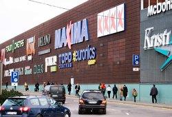 Dėl koronaviruso prekybos centrai keičia darbo laiką