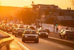 Svarbu daugeliui: skelbia, iki kada Lietuvoje turės nelikti nė vienos dyzelinės ar benzininės mašinos